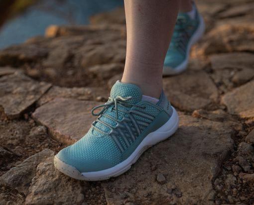 Speciální prodyšné turistické boty