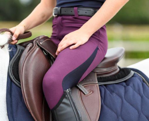 Jezdecké kalhoty se vyrábějí v různých variantách