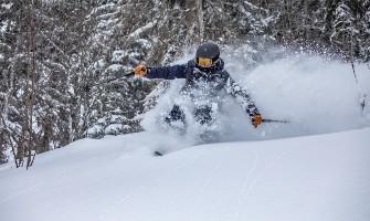 Freeride lyžař