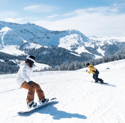 Snowboarding v horách