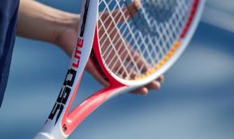 Jak vybrat tenisovou raketu