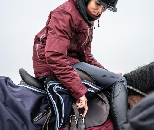 Zimní bunda na koně