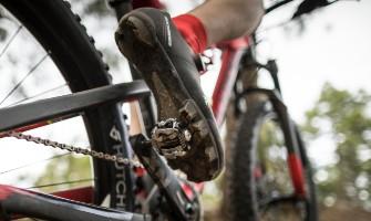 Jak vybrat cyklistické tretry