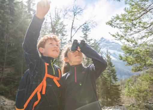 děti s dalekohledy