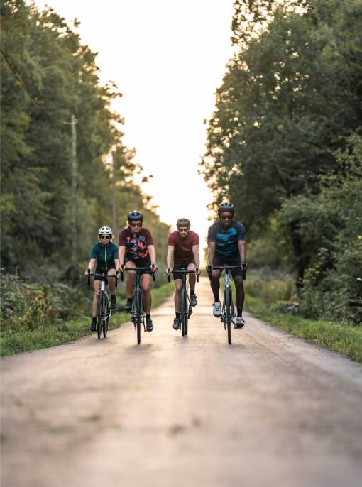 cyklisté na vyjížďce