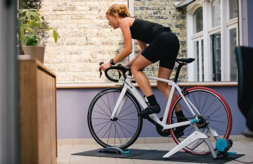 domácí cyklotrenažér